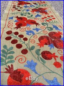 Charming Uzbek Handmade Silk Embroidery Suzani Wall Hanging