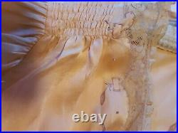 GREAT GRANDMAS1930s SILK SHORTIE PAJAMAS 28 WAIST PEACH LACE EMBROIDERY PANTIES