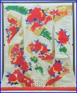 Japanese Antique Kimono Wedding UCHIKAKE Red flowers Embroidery 100%Silk