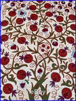 Silk Beautiful Vintage Uzbek Hand Embroidery Wall Hanging Best Gift Suzani