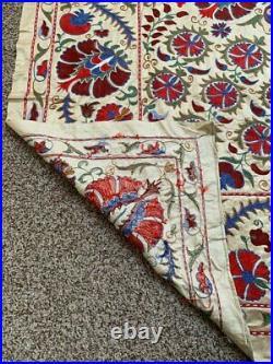 Silk Uzbek Vintage Original Wall Hanging Beautiful Embroidery Handmade Suzani