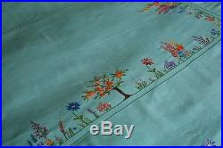 Stunning Vintage Large Tablecloth Bedspread Silk Hand Embroidered Cottage Garden