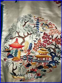 Vintage Chinese SILK Kimono Robe size L embroidered embroidery