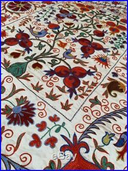 Wall Hanging Suzani Uzbek Silk Beautiful Vintage Tablecover Handmade Embroidery